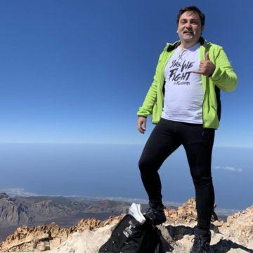Pisando el punto más alto del pico más alto de España, el Teide